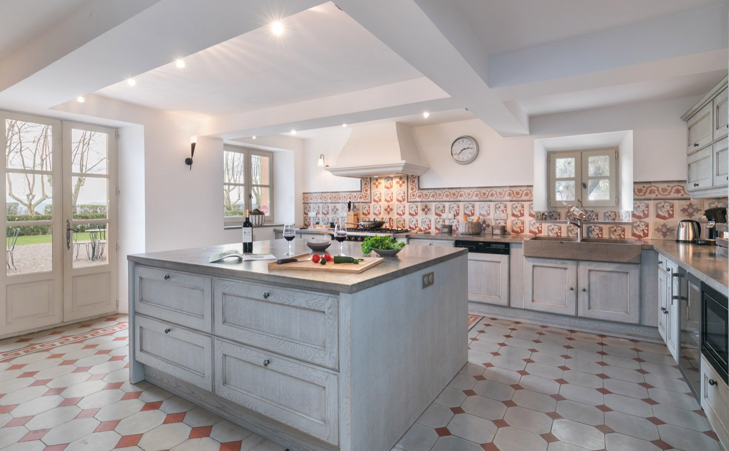 Kitchen beautiful fully equipped