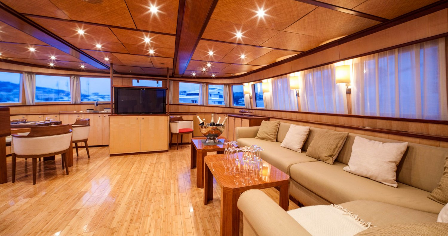 YACHT interior french riviera